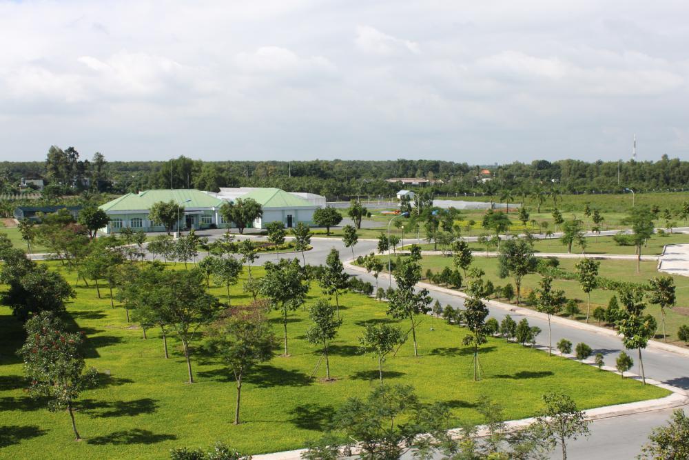 Chăm sóc, duy trì cây xanh, cảnh quan Khu NNCNC