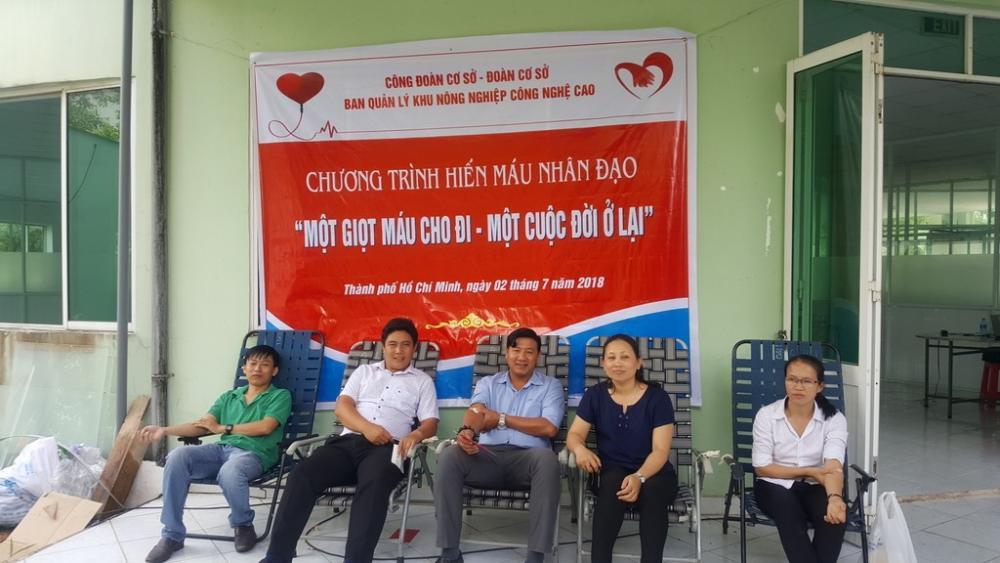 Công Đoàn và Đoàn cơ sở Ban Quản lý Khu Nông nghiệp Công nghệ cao  tổ chức Chương trình Hiến máu nhân đạo - năm 2018
