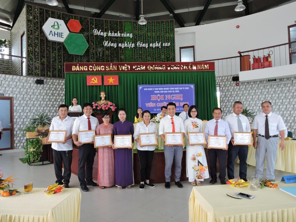 Hội nghị Viên chức Trung tâm Khai thác Hạ tầng năm 2021