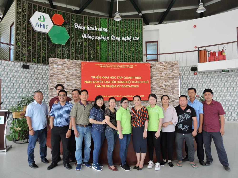 Trung tâm Khai thác Hạ tầng tổ chức triển khai, quán triệt Nghị quyết Đại Hội Đảng bộ thành phố Hồ Chí Minh lần thứ XI, nhiệm kỳ 2020 – 2025